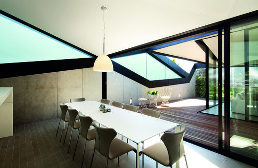 Pitched Roof House,© John Gollings