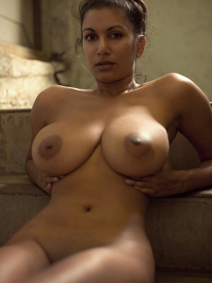 Naked african women big breasts