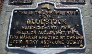 Il concerto di Woodstock, com'è nato e perché ha segnato un'epoca Quello di Woodstock, è stato il concerto più famoso della storia della musica. Per giorni centinaia di migliaia di ragazzi sono arrivati a Bethel, nello stato di New York dove per giorni hanno assist #concerti #musica #musicalive