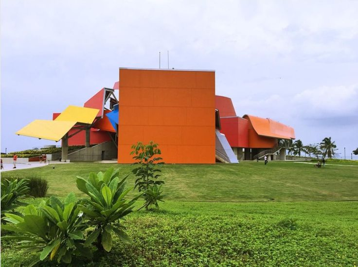 7 Buildings That Defined Frank Gehry's Legacy Biomuseo, Panama City, 2014