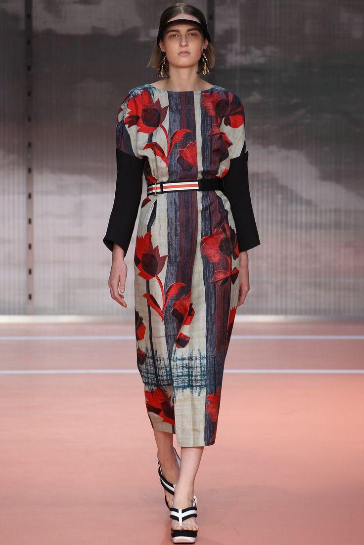 Marni Spring 2014 Ready-to-Wear Fashion Show