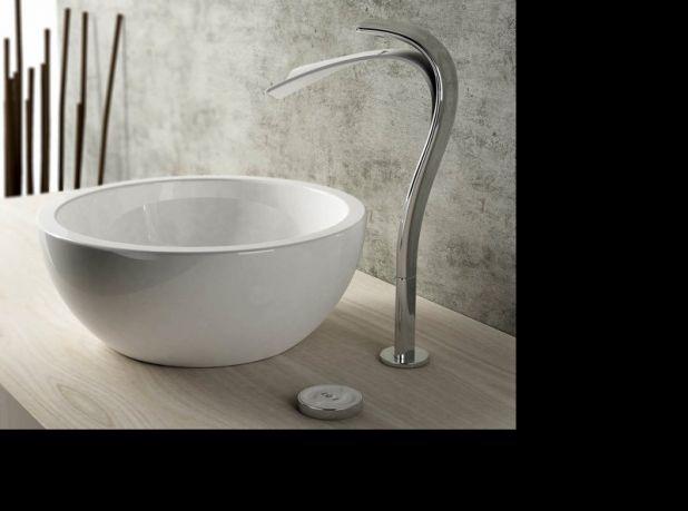 Die besten 17 Bilder zu Bathrooms auf Pinterest traditionelle - badezimmer kleine räume