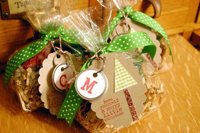 Top 25 ideas about wrapping gifts on pinterest jars for Food gift packaging ideas