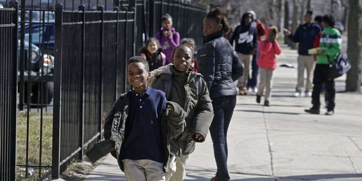 How School Closures Across The Country Are Failing Black And Latino Children http://www.huffingtonpost.com/2014/05/14/school-closures-racism-_n_5325075.html