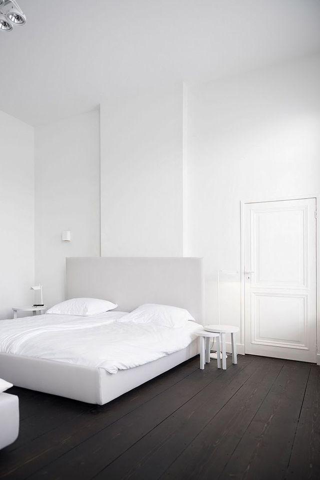 Minimal and white by Studio Niels ★ bedroom | slaapkamer