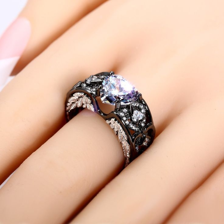 Vancaro - Angel Wing Black Ring for Women with Heart Cut CZ and Love Arrow
