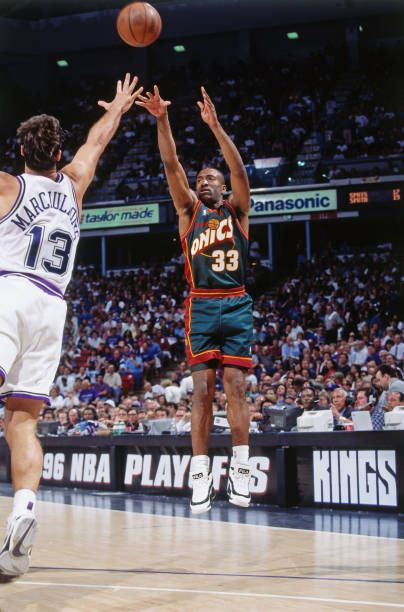 Hersey Hawkins of the Seattle SuperSonics shoots against the Sacramento Kings circa 1995 at Arco Arena in Sacramento California