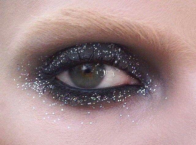 Elegalaxy via @pablo_rodriguez_makeup #mua #makeup #makeupartist #closeup #sparklylids #eyeconic #eyesonpoint #beautyinspo #makeupgoals #makeupinspo #eyecandy #gloss #sparkle #glittermakeup #glitter via TUSH MAGAZINE OFFICIAL INSTAGRAM - Celebrity Fashion Haute Couture Advertising Culture Beauty Editorial Photography Magazine Covers Supermodels Runway Models