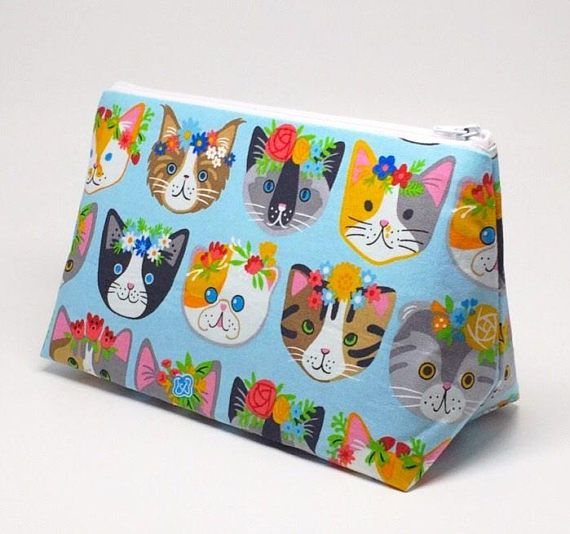 Crazy Cat Lady, Cat Gifts For Her, Cat Lady Gifts, Everyday Bag, Bag Womens Everyday, Printed Cat Bag, Cat Mom Gift, Cat Face Print Bag This Large Cosmetic Bag is perfect for when you are traveling, holding all the necessities (i.e. lipstick, phone, candy) as well as being