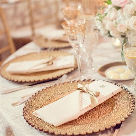 Gold and Ivory Table Decor | http://eventsbyclassic.com