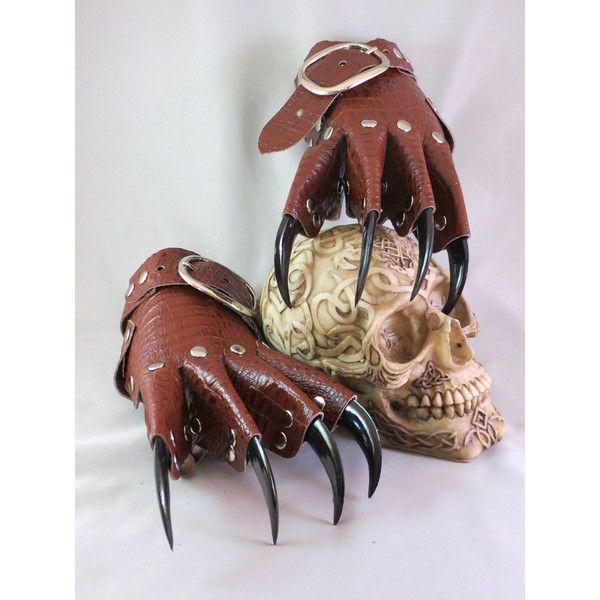 Brown Scale Leather Gothic Steampunk Claw Gauntlets / Gloves ($56) ❤ liked on Polyvore featuring accessories, gloves, steam punk gloves, claw gloves, steampunk gloves, gothic gloves and brown leather gloves