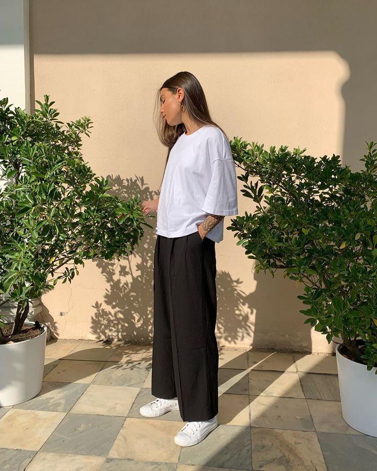 "GATE31.RU Minimalism on Instagram: ""Футболка и брюки, чёрны…"
