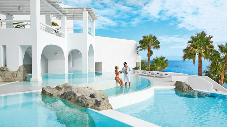 The perfect couples escape in Greece: Mykonos Blu