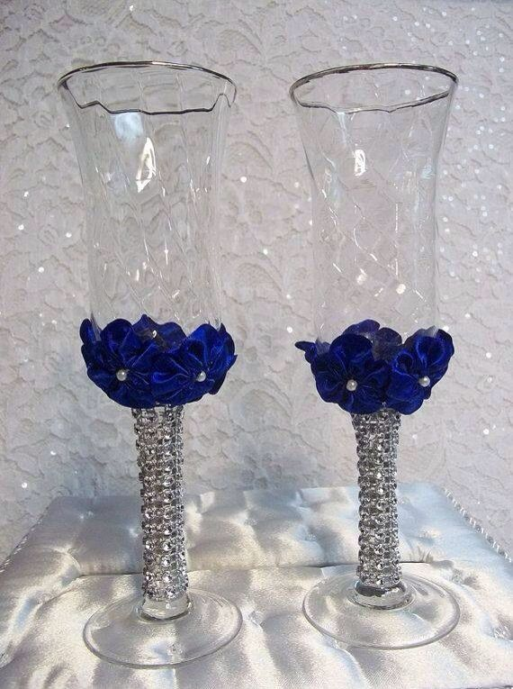 Wedding flutes...so gorgeous...
