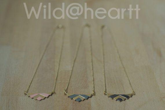 Collier géométrique trapèze chevron triangle azteque