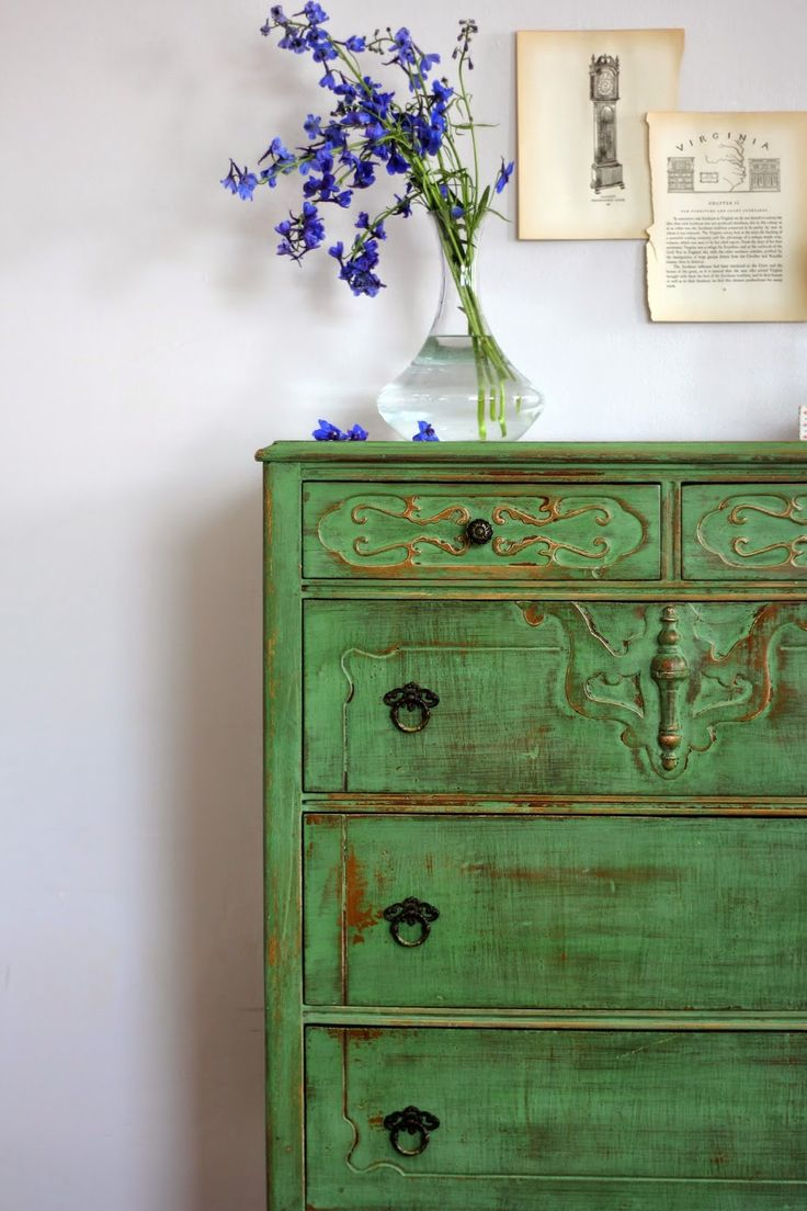 Dresser refinished in Old Fashioned Milk Paint's Tavern Green. Chippy + Distressed finish