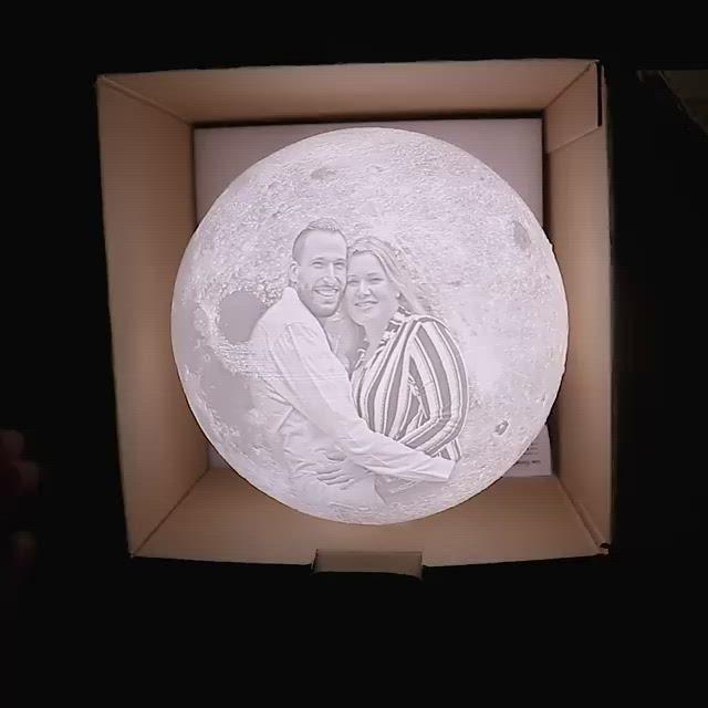 Personalisierte 3d Mondlampe Shopnero In 2020 Mond Lampe Lampe Geschenke