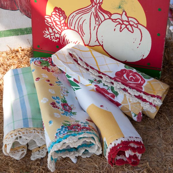 Romantically Sentimental Assortment Of Vintage Style Kitchen Towels. Comes  Packaged In A Matching Fabric Envelope, Makes A Lovely Gift.