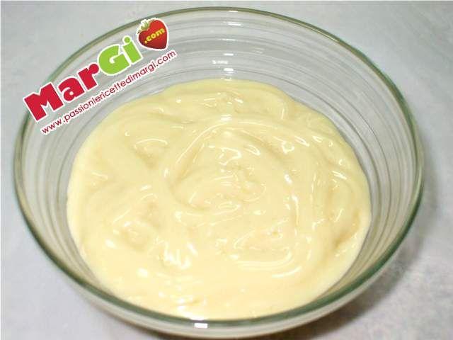 ricetta crema pasticcera al limone ideale per farciture torte
