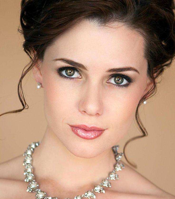 Beach Bridal Makeup Tutorial : Bridal Makeup Looks For Green Eyes - Mugeek Vidalondon