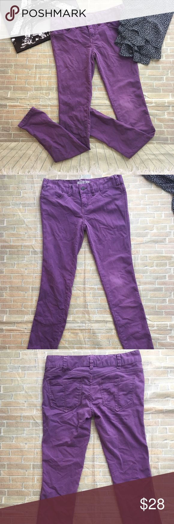 Free People Orchid Purple Skinny Jeans Orchid Purple Skinny Jeans - Free People - Size 26 - 5 Pocket low rise - gently worn, no rips or stains - light and even wash fade Free People Jeans Skinny