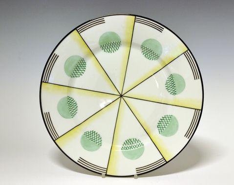 Dinner plate by Nora Gulbrandsen for Porsgrund Porselen. Production 1927-37. Model 15.00 Decor 5591
