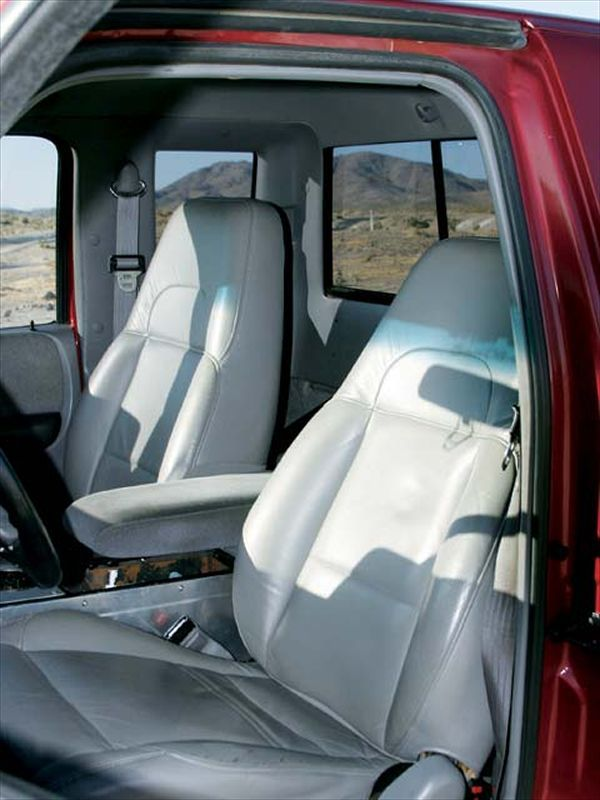 0310or 19z+1994 Ford Ranger Super Cab 4x4+Interior Shot Front Seats