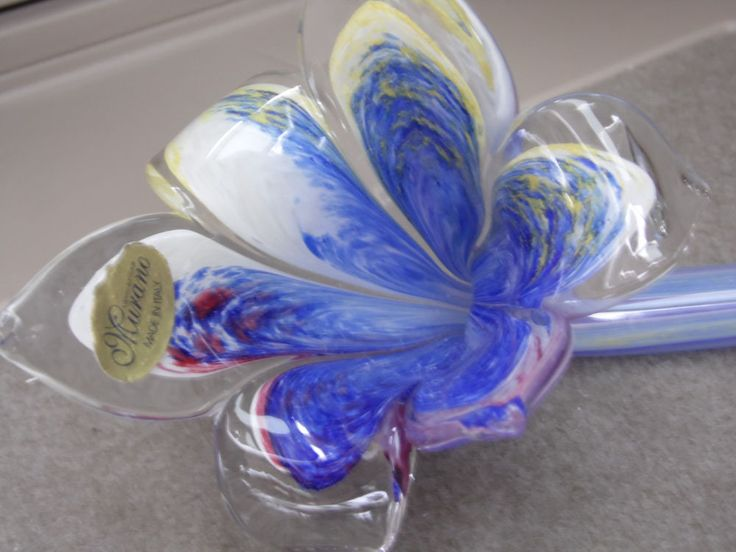 1000 images about art glass flowers on pinterest for Flowers made of glass