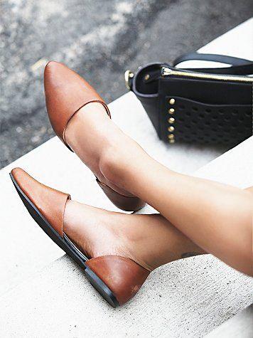 30 sapatilhas de bico fino para um visual elegante