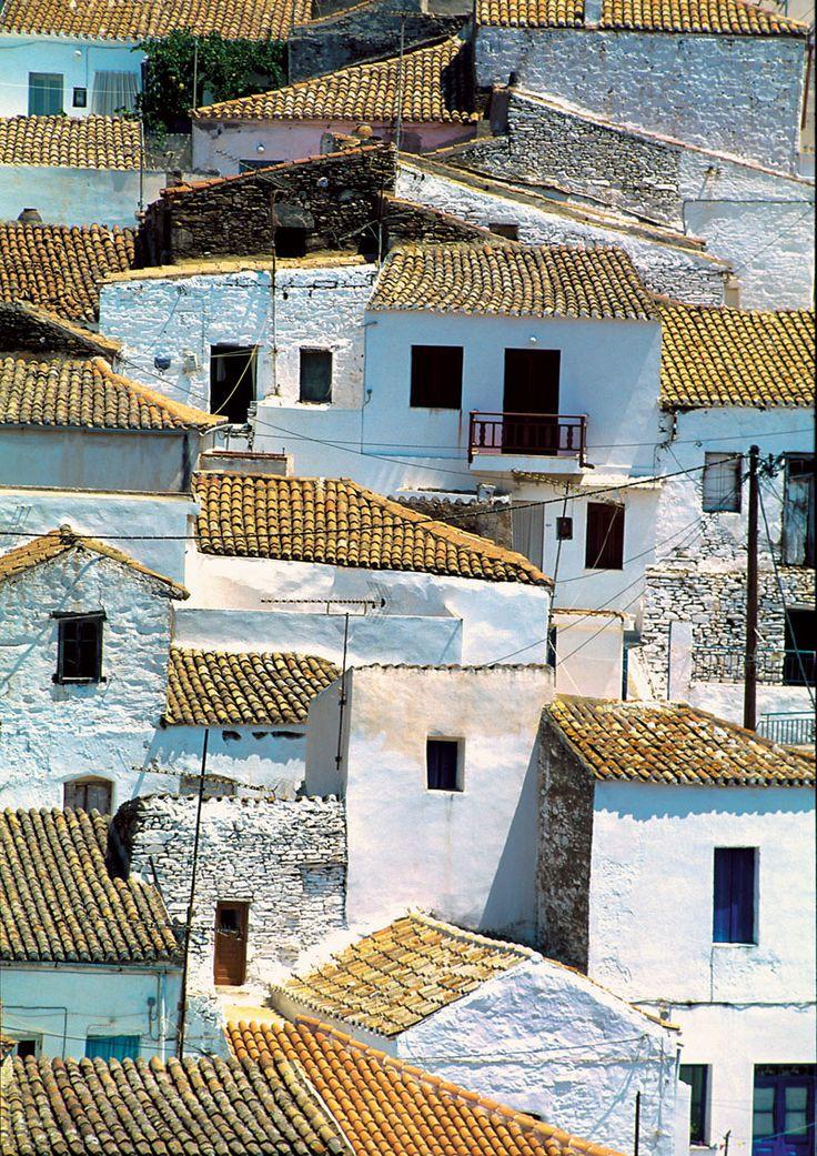 small village in Kythnos island