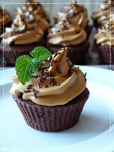Kouzlo mého domova: Čokoládové cupcakes s karamelovým krémem