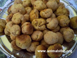 Crocchette per cani fatte in casa con mela e carota