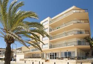Hotel Las Arenas  Description: Algemene beschrijving: Las Arenas in Can Pastilla heeft 205 kamers verdeeld over 5 verdiepingen. Het hotel ligt direct aan een zandstrand. De dichtstbijzijnde plaatsen vanuit het hotel zijn El...  Price: 216.00  Meer informatie  #beach #beachcheck #summer #holiday