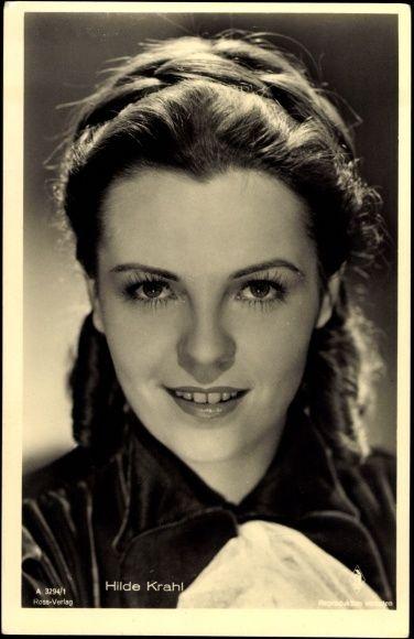 Hilde Krahl, wirklicher NameHildegard Kolačný(*10. Jänner1917inBrod a. d. Save(Slawonien); †28. Juni1999inWien), war eineösterreichische Schauspielerin.