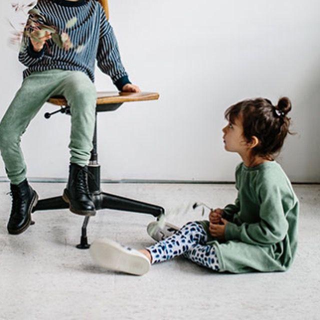 Und: ein neuer Blogpost ist für euch online - von unserem Januar Lieblings Outfit!  Shop / Link in der Bio  #rabatt #aktion #baby #collection #kidswear #kidsstyle #kindermode #organickidswear #biobaumwolle #fashion #collectionaboutcreativity #depiction 📷 @herz.und.blut #aw17collection #cool #onlineshopping #onlineconceptstore #minimalschoen #mitvielliebe #picoftheday #monkind