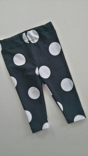 Bodys - Leggings Punkte - ein Designerstück von Das-kleine-Wunderland bei DaWanda