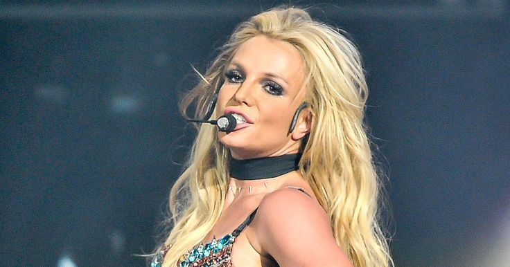 WATCH: Britney Spears Sings 'Happy Birthday' Live After Lip-Sync Accusations