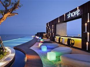 Hilton Hotel Pattaya, ThailandBeautiful Hotels, Beautiful Places, Beautiful Landscapes, Beautiful Pools, Pattaya Hotels, Outdoor Bar, Pools Design, Infinity Pools, Hilton Pattaya