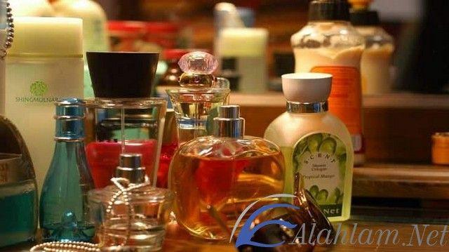 تفسير حلم العطر في المنام للعصيمي العطر في الحلم العطر في المنام تفسير العصيمي تفسير حلم العطر Perfume Bottles Whiskey Bottle Whiskey