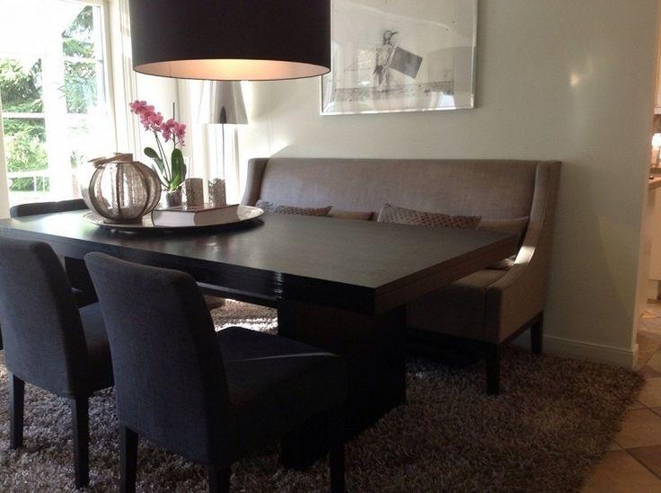 FINN – Lekker Mercer spisestuesofa fra studio Slettvoll vurderes solgt-helt som ny!