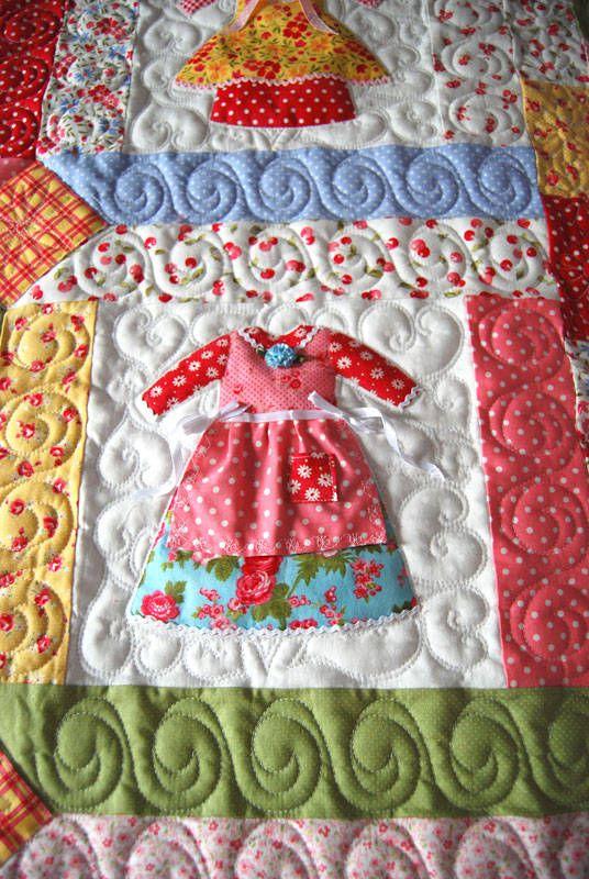 Olivias-Doll-Dresses-Detail.jpg 536×800 pixel