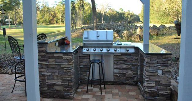 Tumbled Cobblestone Concrete Paver Patio With Dry Stacked Stone Faced Outdoor Kitchen Patios Pinterest Outdoor Kitchens Patio And Stacked Stones