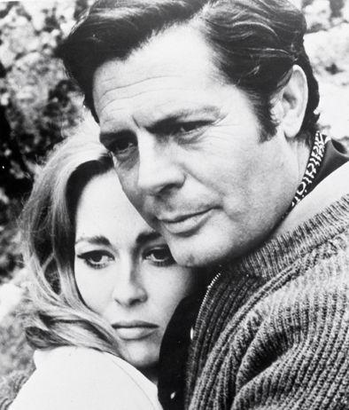Marcello Mastroianni e Faye Dunaway