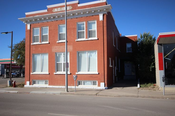 822 Main St. N., Moose Jaw. Great investment opportunity! Call Mike Walz at Royal LePage Landmart – (306)694-8082, or cell – (306)631-7232. OR Call Brian Walz at Royal LePage Landmart – (306)694-8082, or cell – (306)631-1229.  For More Details please visit our Website at www.royallepagelandmart.com    E-mail – landmart@sasktel.net