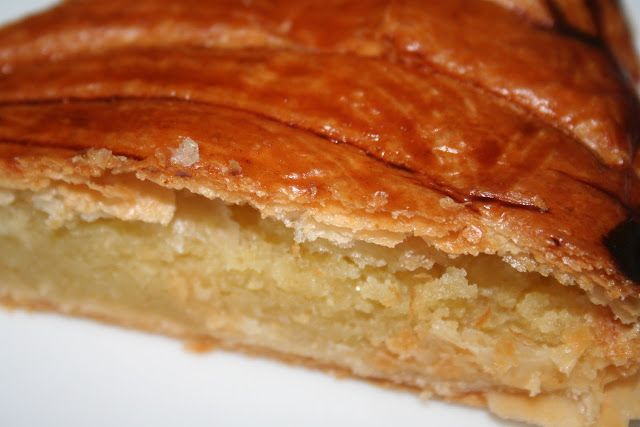 """La Cuisine de Bernard : Le Pithiviers et la """"Galette des Rois à la Frangipane"""""""