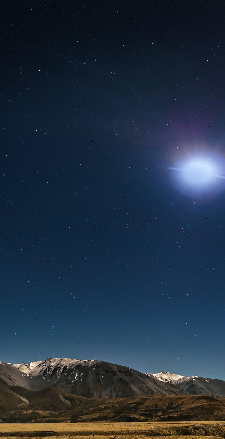 Porters Pass, Canterbury, New Zealand at night