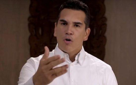 Gobierno de Campeche que ya no comprará vehículos Ford - http://www.esnoticiaveracruz.com/gobierno-de-campeche-que-ya-no-comprara-vehiculos-ford/