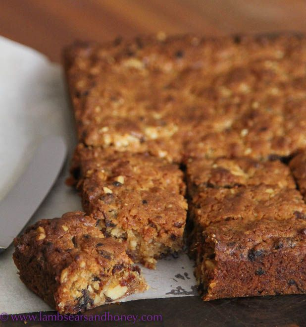 An adaptation on my Cake a Week challenge, with a deliciously chewy Walnut & Date Slice.