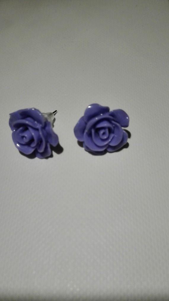 Boucles d'oreilles clou en forme de rose - violet  10mm