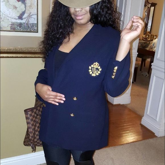 Ralph Laurn blazer See picture great condition I'm selling it because I lose over 40 1bs I'm a size 6 now. My daughter in photo❤️ Ralph Lauren Jackets & Coats Blazers